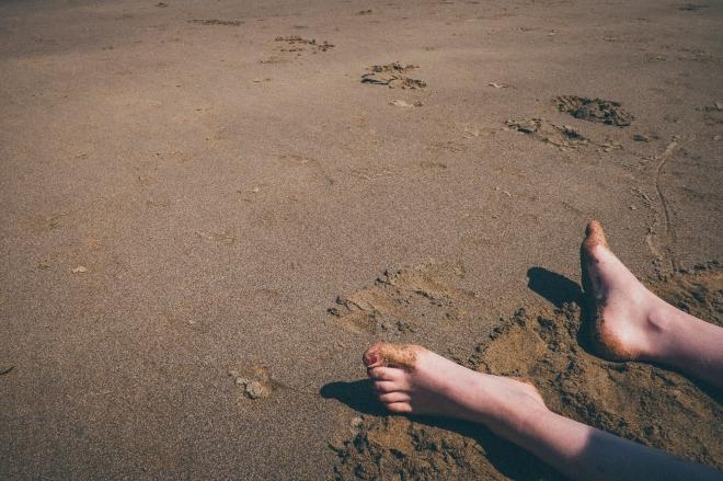 Feet on North Bay, Scarborough