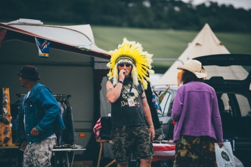 Festival Vibes Sunday
