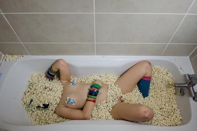 jazzebell_-popcorn-bath-116