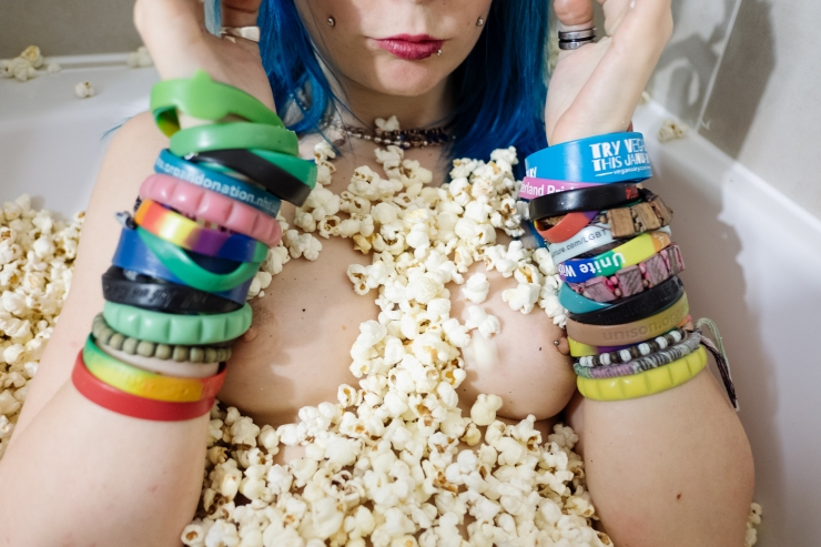 jazzebell_-popcorn-bath-36