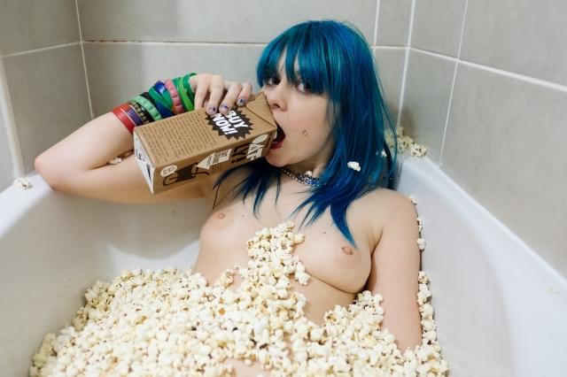 jazzebell_-popcorn-bath-50