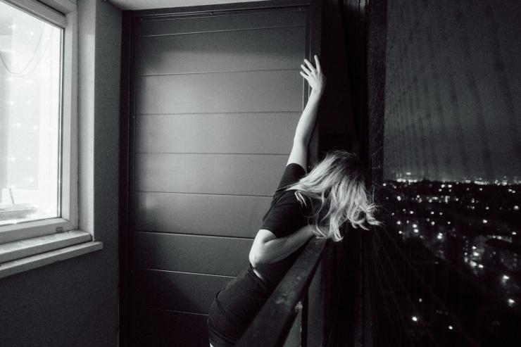 Kim, Balcony-2