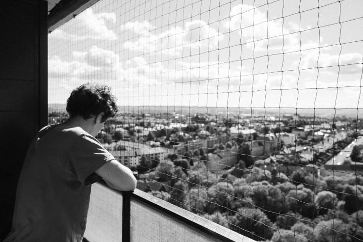 sam, balcony-2