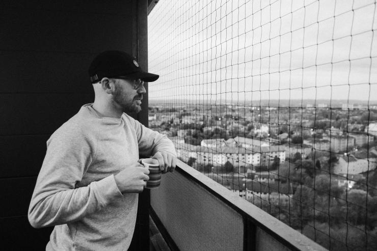 stephen, balcony-2